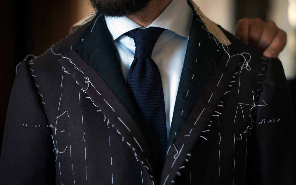 https://mayaovestnam.com/Your first Bespoke suit